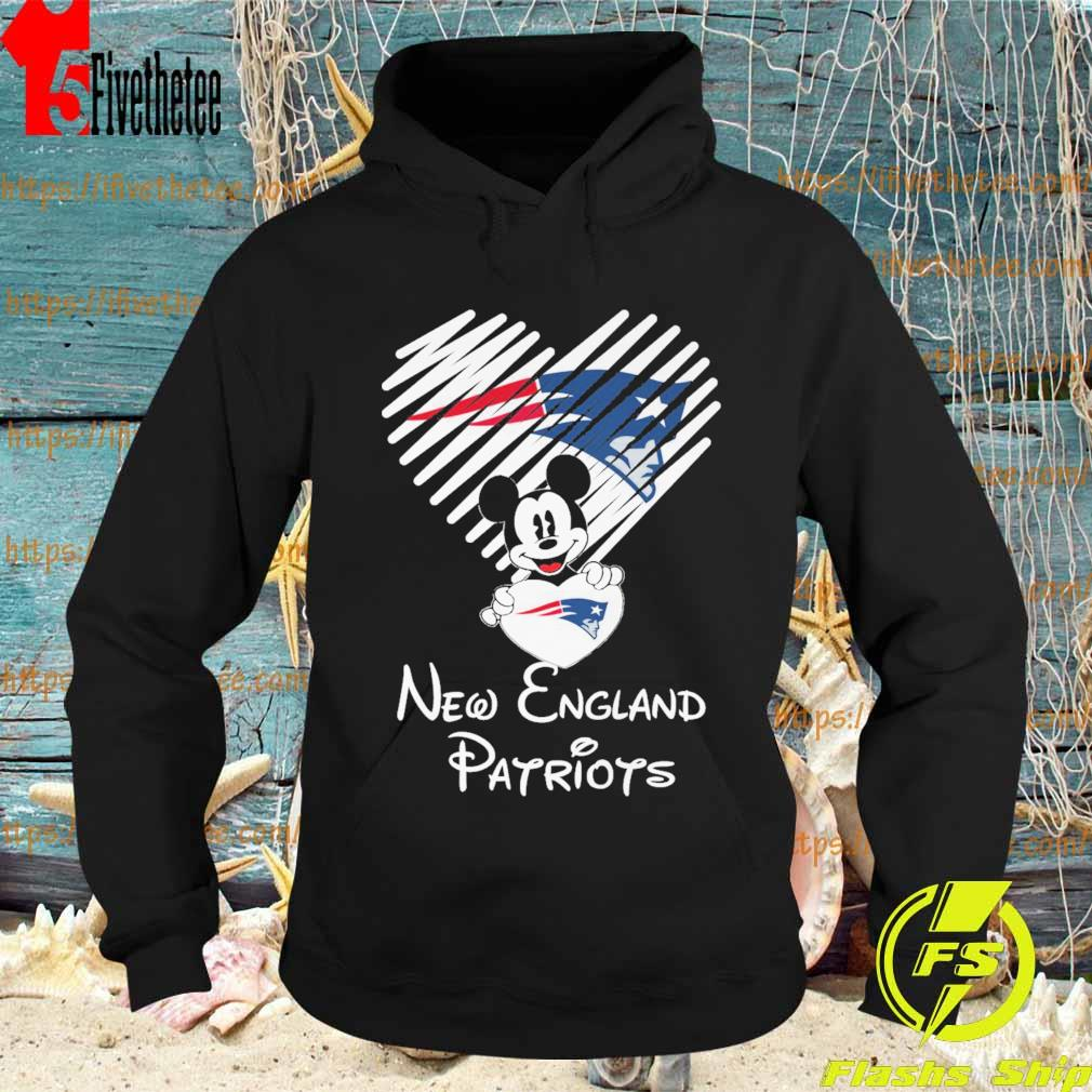 Mickey Mouse hug heart New england Patriots s Hoodie